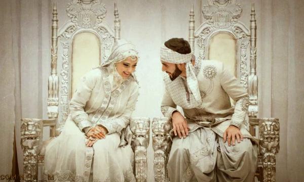 Как должен вести себя мусульманин в первую брачную ночь