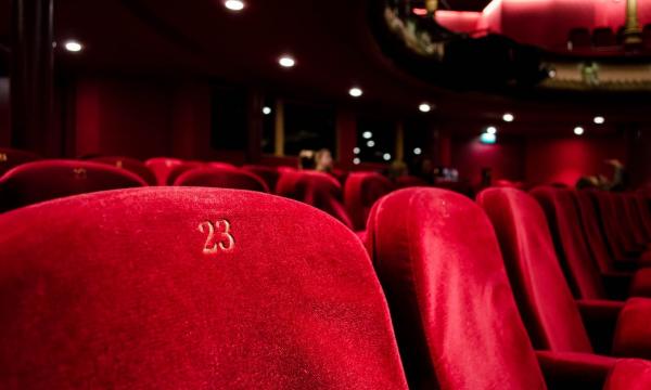 Всем регионам рекомендовано закрыть кинотеатры и ночные клубы