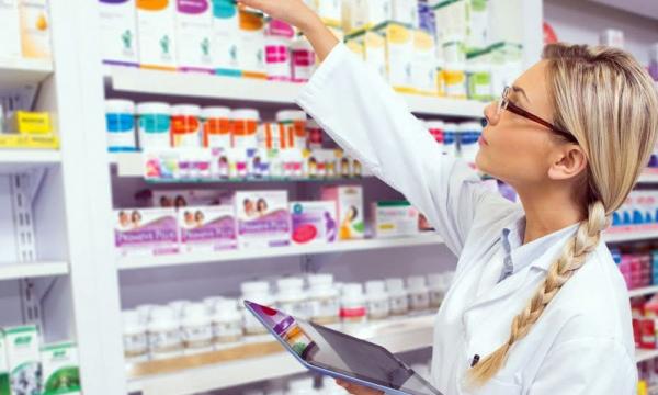 Названы популярные лекарства, которые усиливают коронавирус