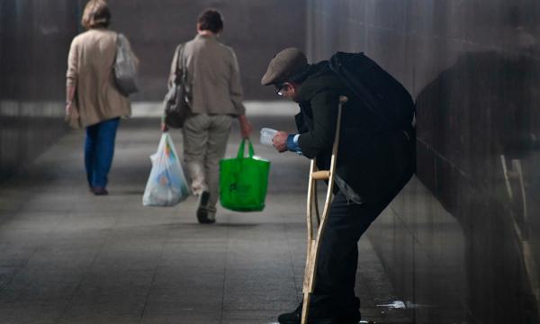 Борьбу с бедностью в России отложили
