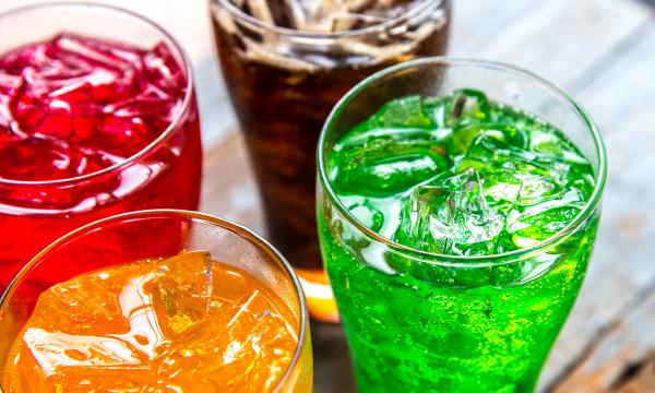 Сладкие напитки смертельно опасны для человека