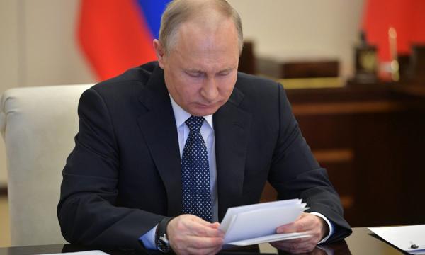 Где Путин возьмет деньги на новые выплаты россиянам