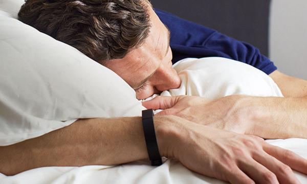 Почему у человека случаются судороги ног и рук во время засыпания