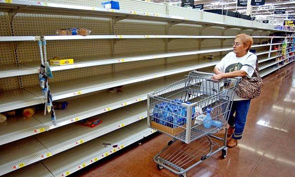 Россиян предупредили о риске пустых полок в магазинах